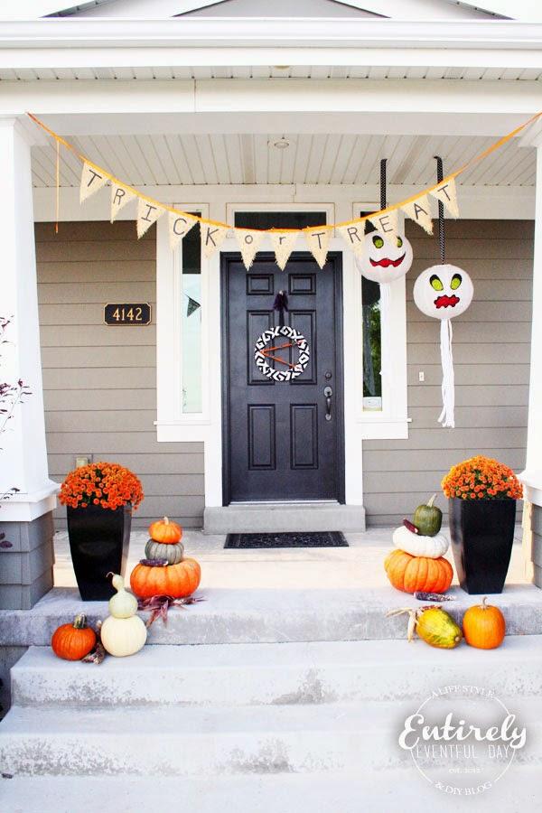 Halloween Porch Decorating Series. So many fun ideas! www.entirelyeventfulday.com #halloween #porch