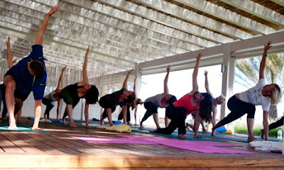 yoga-teacher-trainer-course-places