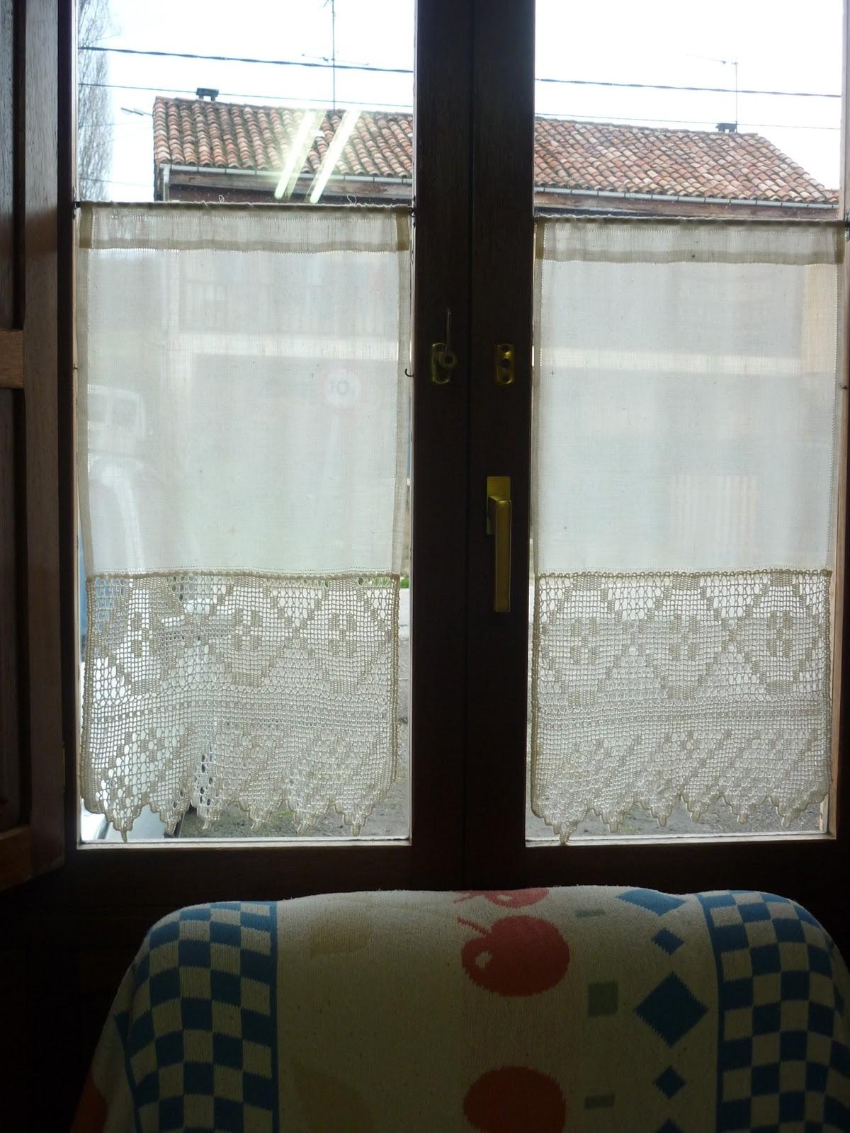Cenefa de ganchillo para cortinas for Cortinas de gancho para cocina