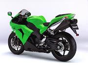 Moto Yamaha R1 and Kawasaki ZX10R Ninja