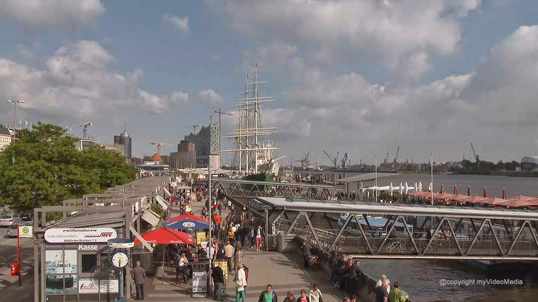 Hamburg St. Pauli Piers