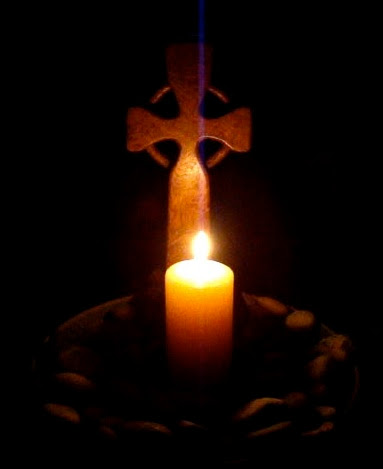 Celtic cross candle