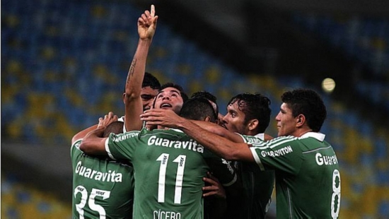 Renato comemora golaço vitorioso sobre o Paysandu