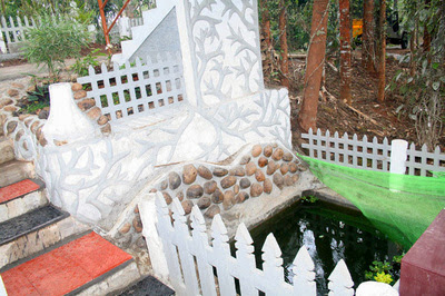 how to book a good cottage in munnar