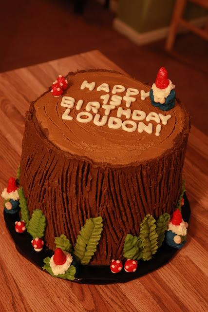 Vanilla Cake Decor : the cake box girls: Woodland gnome birthday cake