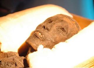 Kutukan Tutankhamun (Firaun)