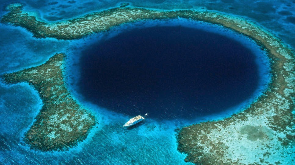 Great blue hole belize diving would like