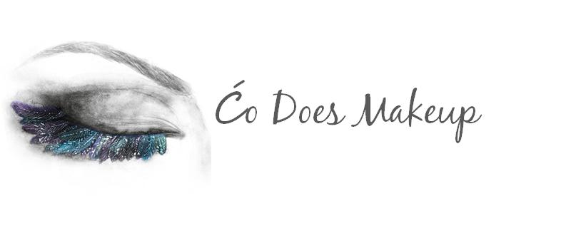 Ćo Does Makeup