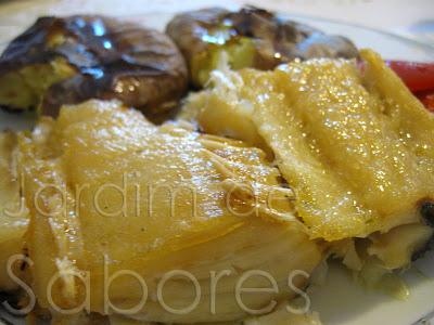 Bacalhau Grelhado com Batatas a Murro