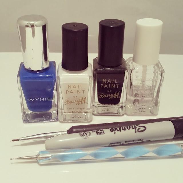 40-great-nail-art-ideas-work-nhs-reception-telephone-nail-art (3)
