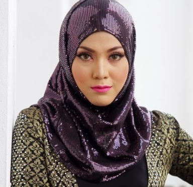 Shila Amzah Popular Di France Pula