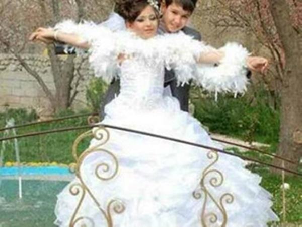 JOM TENGOK! Foto Kahwin Kanak-Kanak Ini Jadi Viral