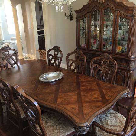 Ashley furniture casa mollino dining room set furniture for Ashley furniture dining room sets design