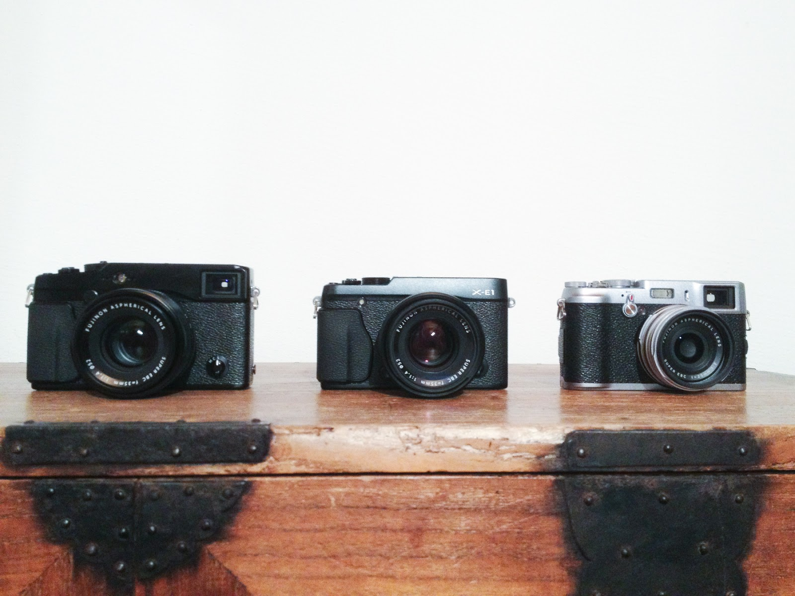 The Fujifilm X Trinity: Fujifilm X-Pro1 vs. X-E1 vs. X100 (Part 1)
