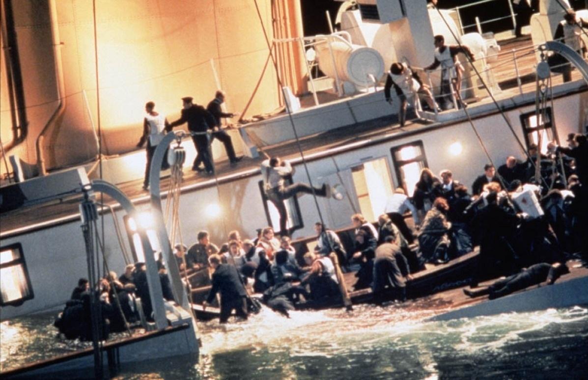 http://1.bp.blogspot.com/-NovNj7PEyKs/T4IYTyUixGI/AAAAAAAAEbM/WjUdHp2ly3E/s1600/Titanic-titanic-16680057-1197-774.jpg