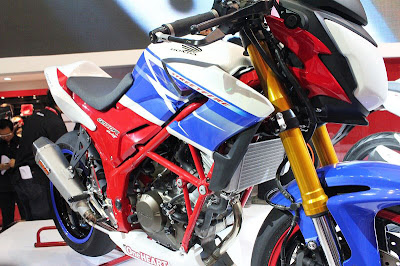 Harga dan Spesifikasi cb150r Streetfire Motor Honda Terlaris Terbaru ...