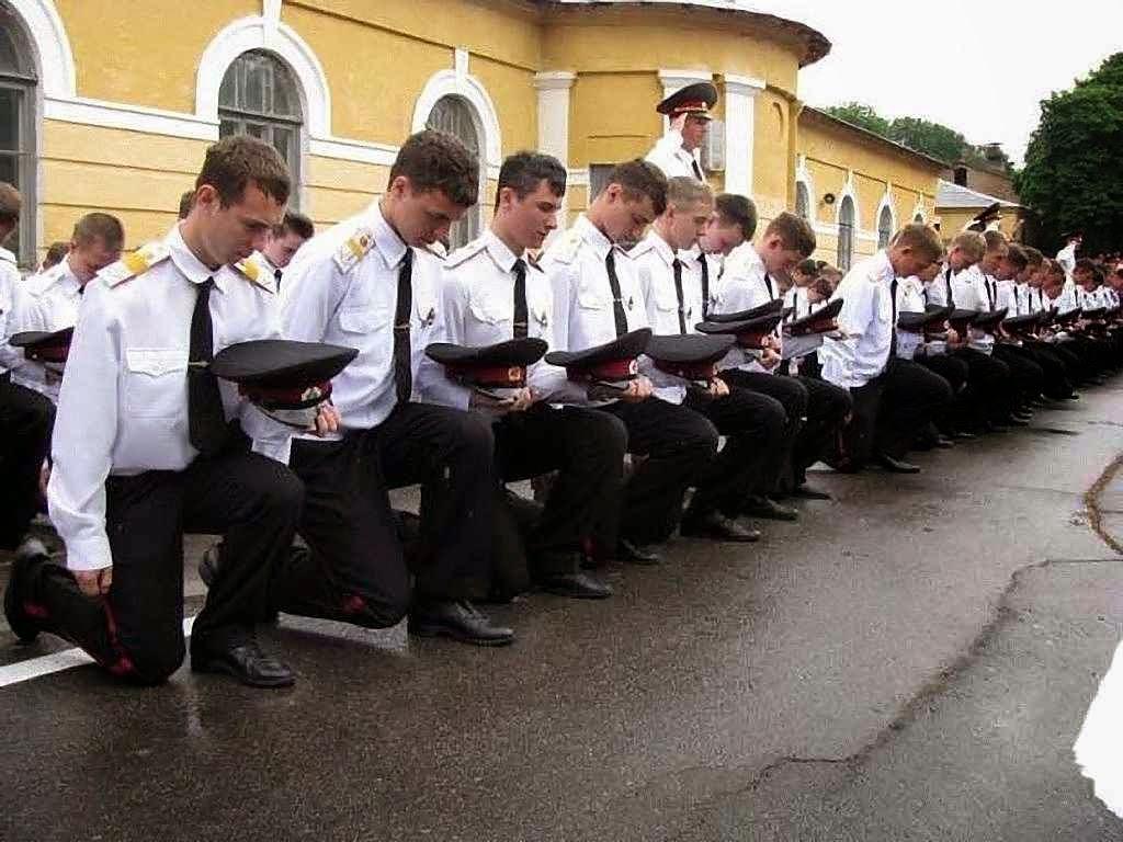 Em Sebastopol cadetes do Liceu Naval recusam fazer juramento de fidelidade à Rússia