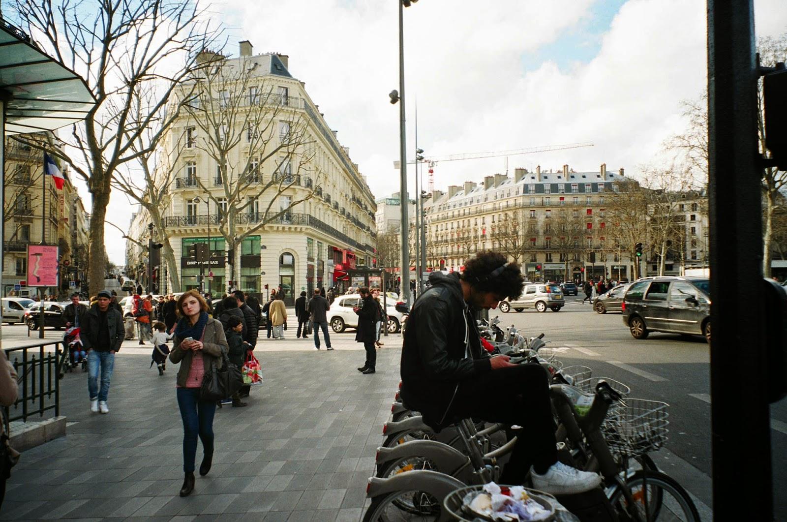 People republique paris france