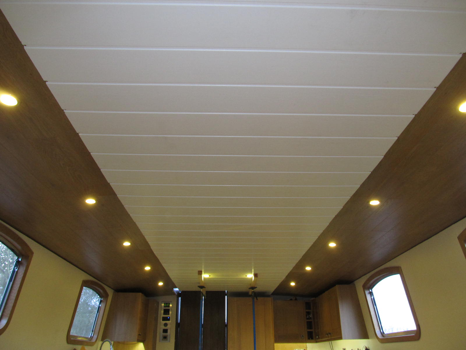 widebeam boat build blog: lounge ceiling