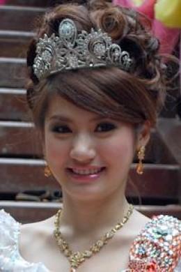 http://1.bp.blogspot.com/-NpXojBNO1do/TbAUMDZi1WI/AAAAAAAAAB4/JkqLXc_vhhw/s1600/Koung-Channsreymom.jpg