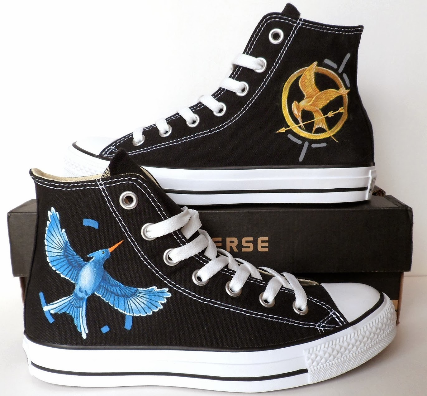 Hunger games mockingjay hi top converse the chamber of converse these hi tops celebrate the symbol of the hunger games trilogy the mockingjay on one side is the majestic bird itself a sign of peace for panem biocorpaavc Choice Image