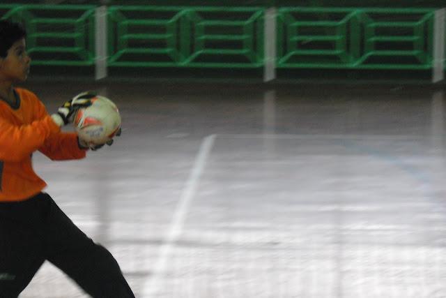 Saiba mais sobre o arremesso de meta no Futsal
