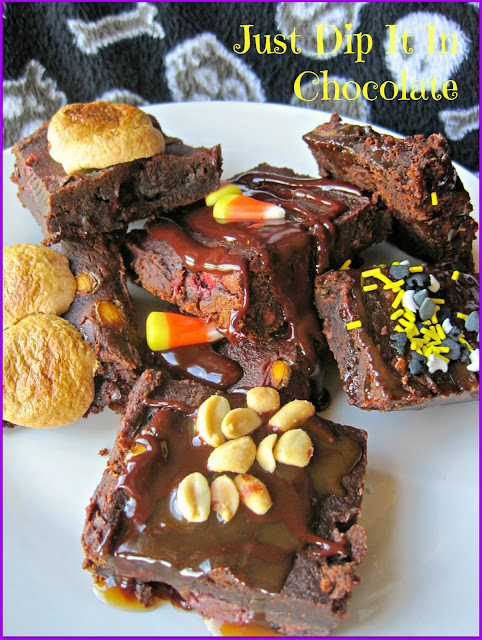 Pumpkin Brownies Halloween Recipe, Life it's sweeter when all this goodness requires only 2 ingredients. A good old fashioned recipe well tried and tested with 100% approval by chocaholics!
