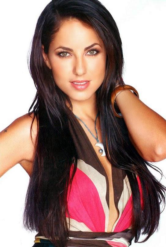 Bárbara Mori photo