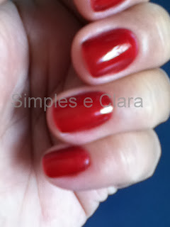 Esmalte Ludurana vermelho Rubra, blog simples e clara