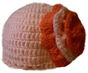 *Medidas: 53 cm d diámetro (23 años). Se hace en la medida que se quiera. (gorro rosa flor)