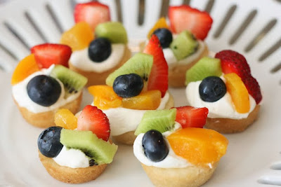 Deep Dish Fruit Dessert Pizza Recipe