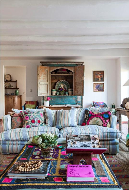 mueble turquesa decapado
