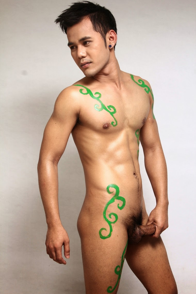 http://gayasianmachine.com/naked-asian-hunks-naked-thai-model/