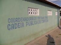 três presos fogem da cadeia pública de Itapiúna