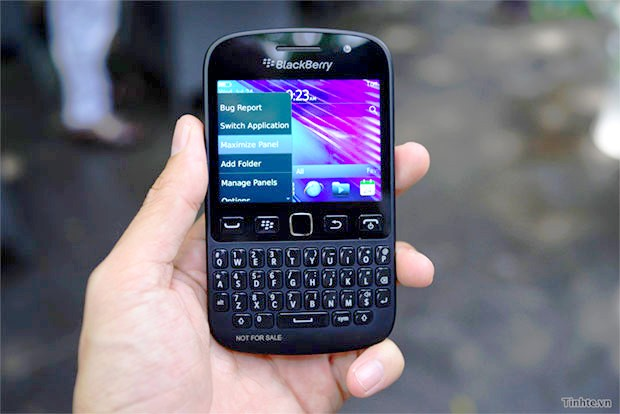 ������� ���� ���� BlackBerry 9720 rumour_blackberry_97