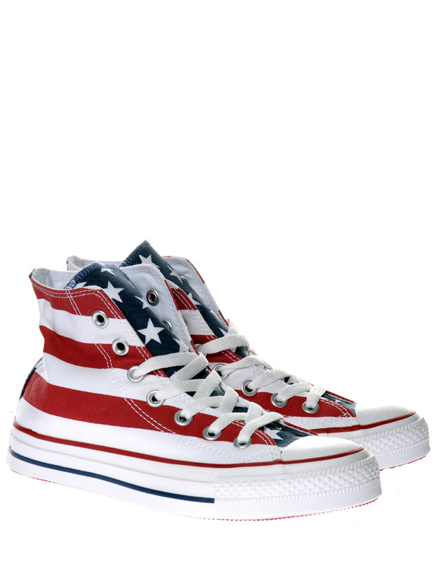 zayn 39 s world converse stars and stripes. Black Bedroom Furniture Sets. Home Design Ideas