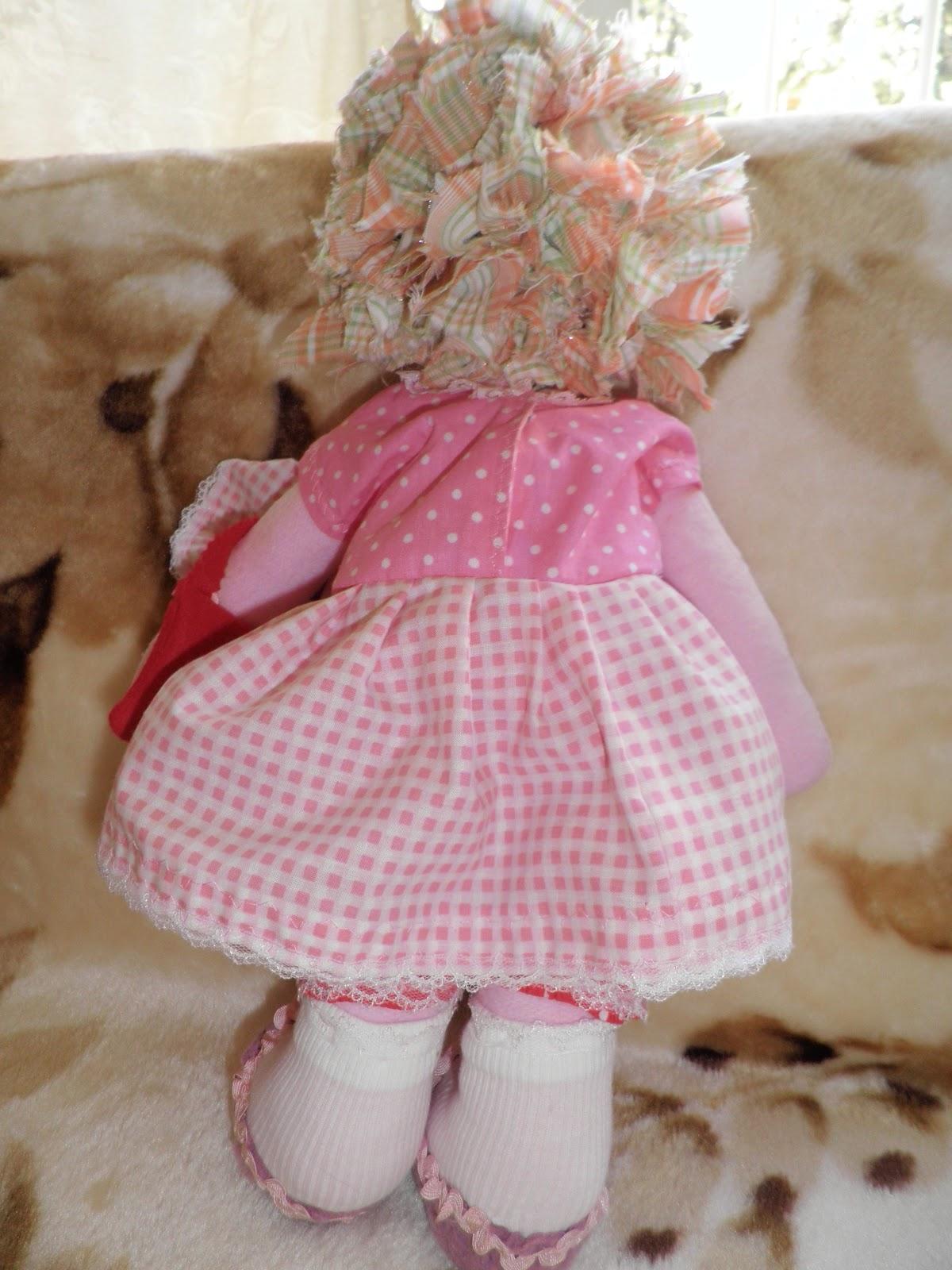 Как сшить платье текстильной кукле