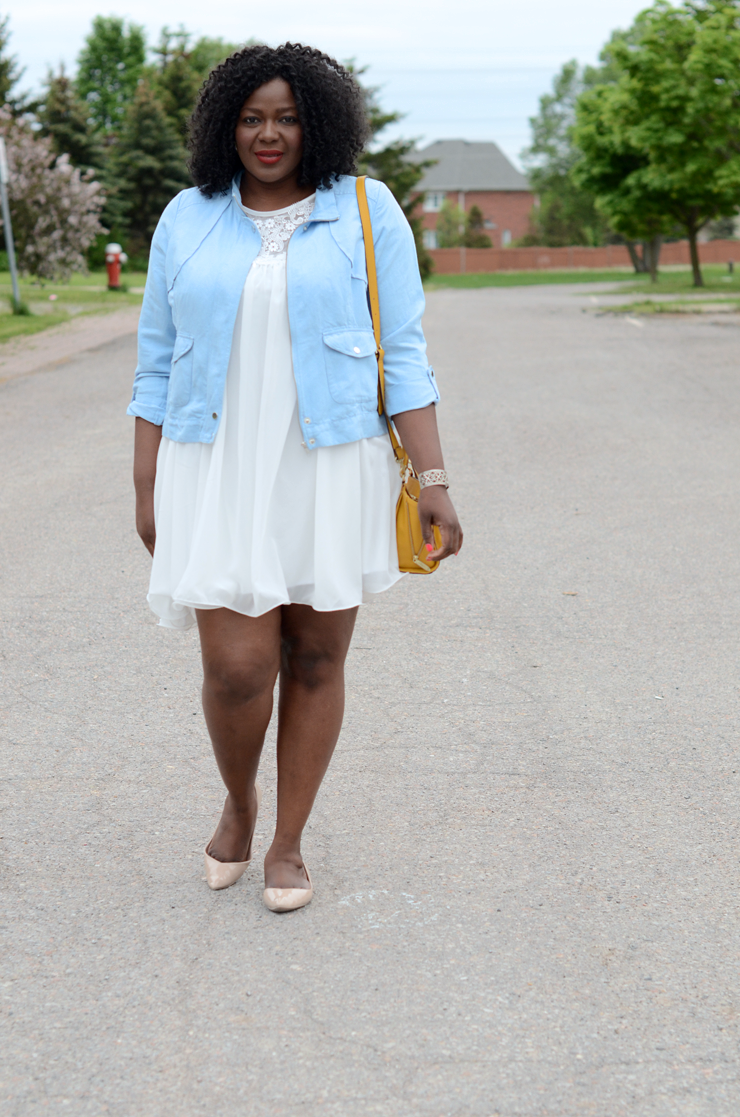 Plus size fashion blogger: Love the color combo of white #paleblue and #mustard. Plus size style and fashion for women