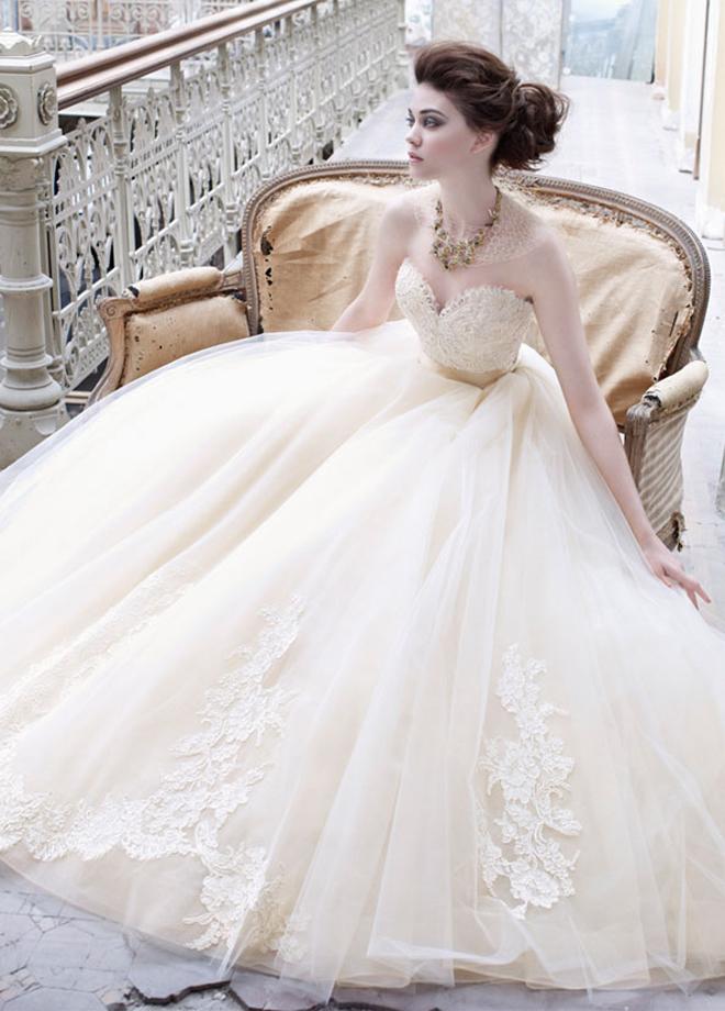 Lazaro fall 2012 bridal collection belle the magazine for Lazaro lace wedding dress