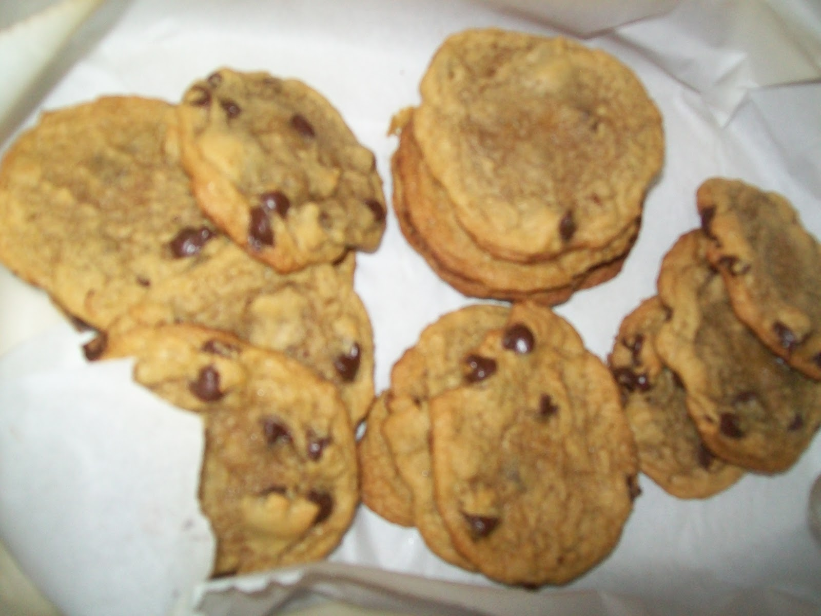The Best Low Fat Chocolate Chip Cookies | The Realistic Nutritionist