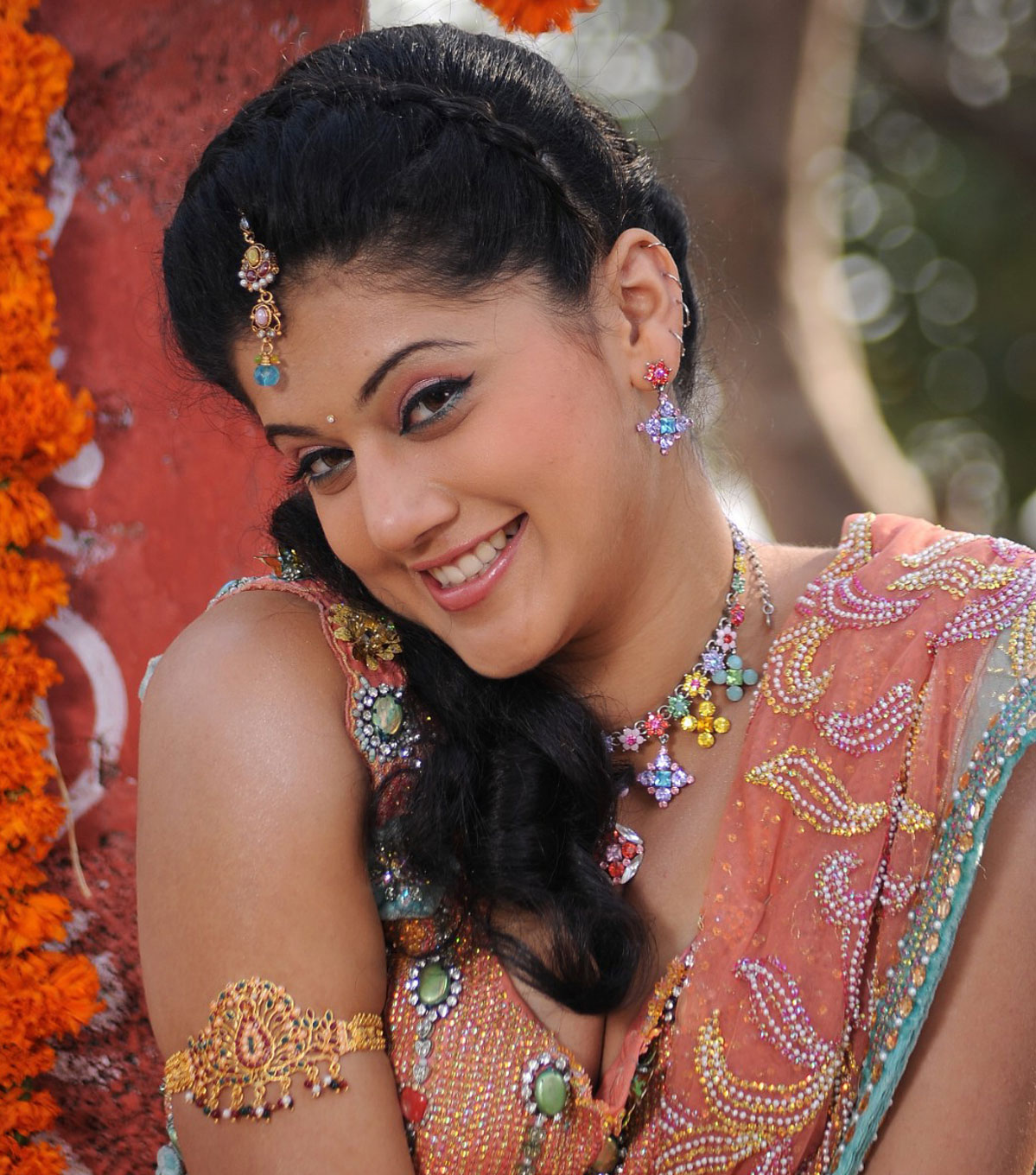 taapsee pannu hd wallpapers and latest photos download free