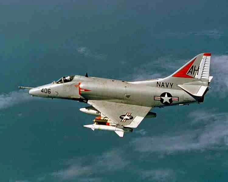 طائره حربيه,الطائرة إيه-4 سكاي هوك,الطائرة سكاي هوك,طائرات حربيه,طائرات