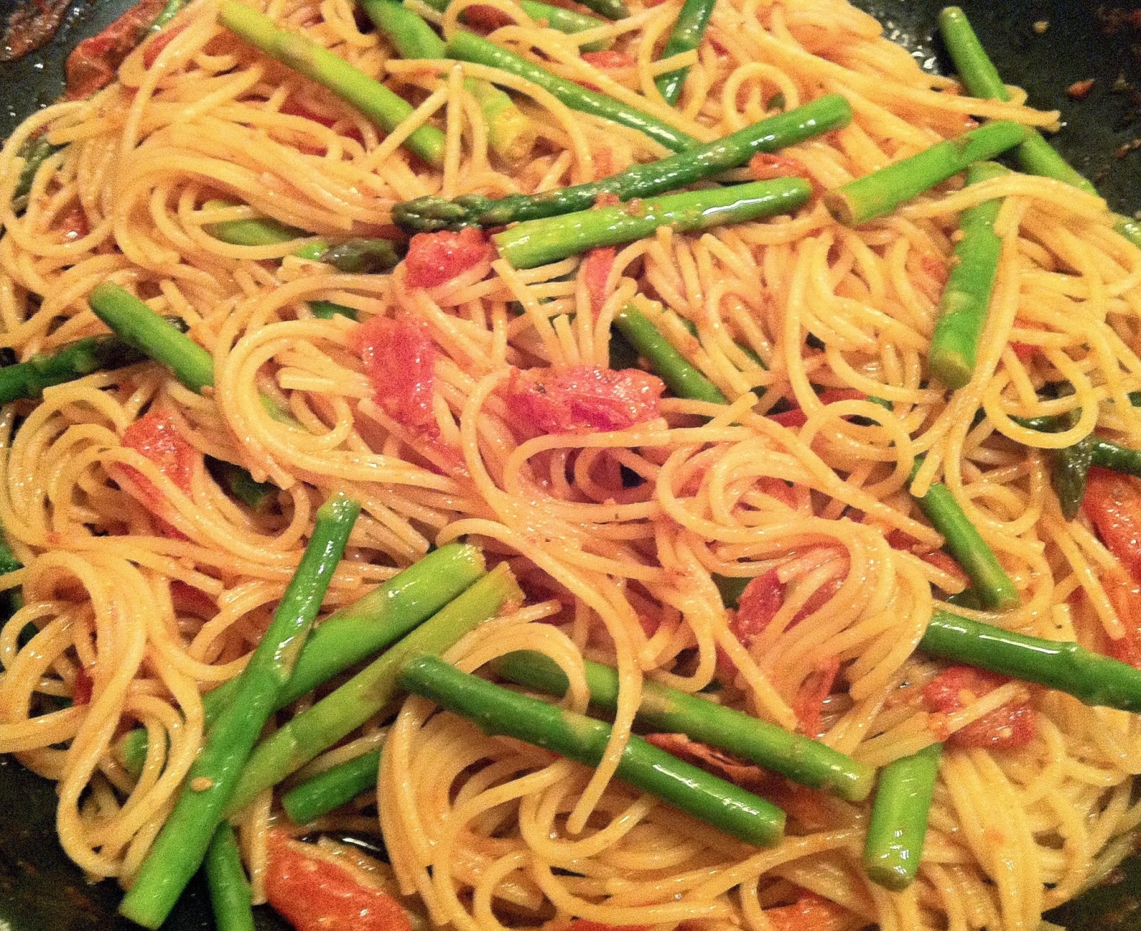 Vegan Adjacent: Tomato and Asparagus Pasta
