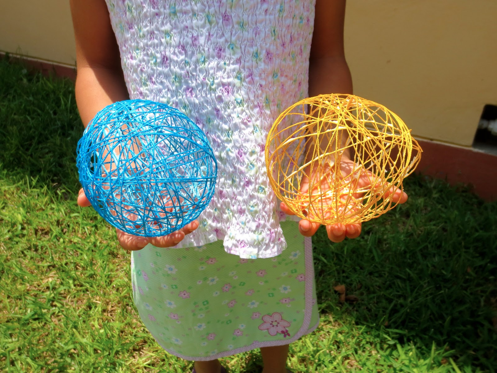 bits and pieces: project: balloons & string