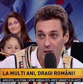 mircea badea imbracat in costum popular