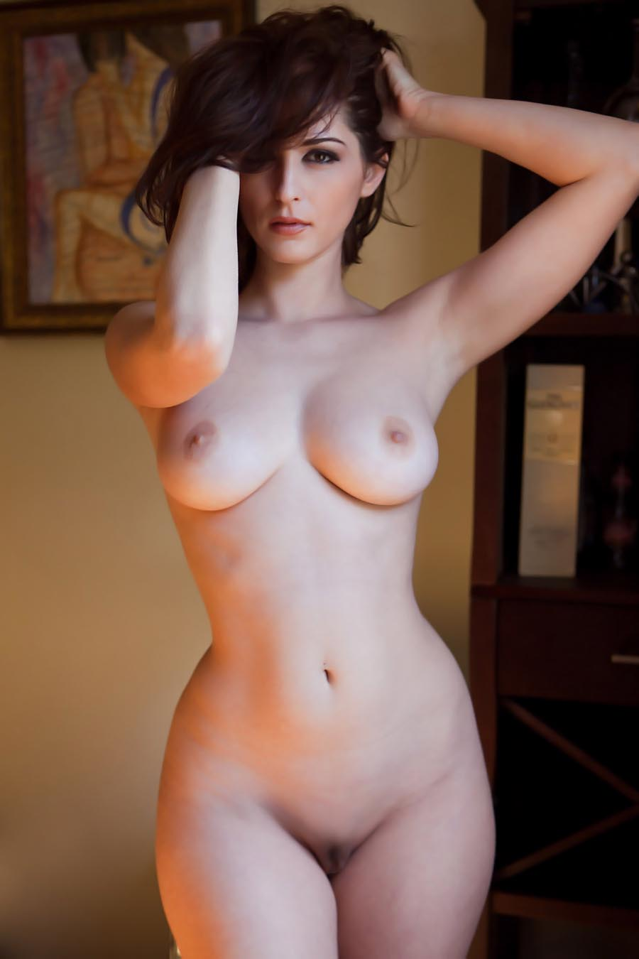 Morphed Babes: > BEAUTIFUL HIPS