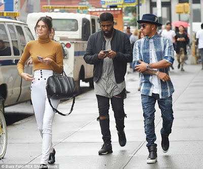 Kendall Jenner and Lewis Hamilton dating? 2C29A96D00000578-3229842-image-m-131_1441923798512