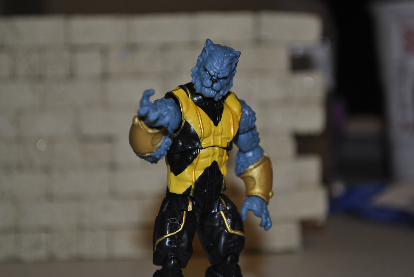 Astonishing X-Men Beast Figure