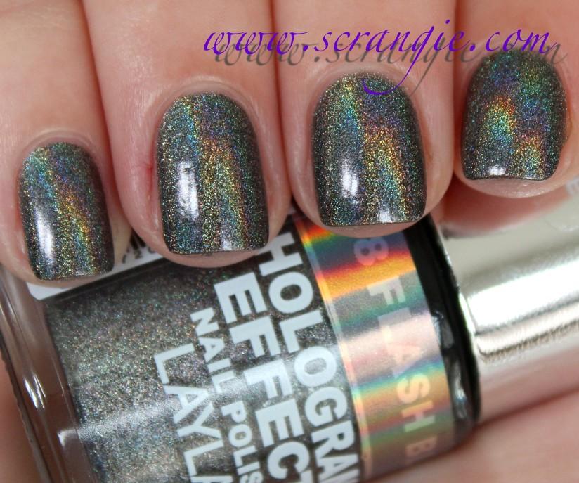 Layla Hologram Effect Nail