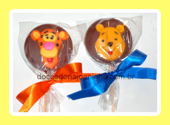 Pirulitos de chocolate decorados Ursinho Pooh